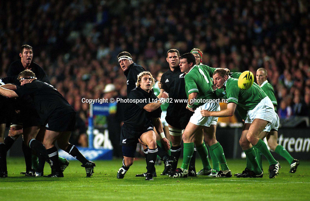Justin Marshall in action during the rugby union match between the All Blacks and Ireland, Eden Park, Auckland, 22 June, 2002. Photo: PHOTOSPORT