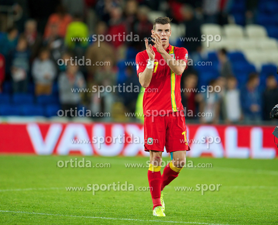 10.09.2013, Stamford Bridge, Cardiff, ENG, FIFA WM Qualifikation, Wales vs Serbien, Rueckspiel, im Bild Wales' Gareth Bale looks dejected after his side's 3-0 defeat by Serbia during the FIFA World Cup Qualifier second leg Match between Wales and Serbia at the Stamford Bridge stadium in Cardiff, Great Britain on 2013/09/10. EXPA Pictures © 2013, PhotoCredit: EXPA/ Propagandaphoto/ Alan Seymour<br /> <br /> ***** ATTENTION - OUT OF ENG, GBR, UK *****