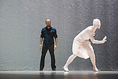 Crystal Pite / Kidd Pivot_The Tempest Replica_2014