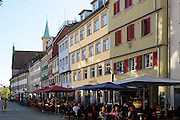 Altstadt von Ravensburg, Marienplatz mit evangelischer Kirche, Baden-Württemberg, Deutschland