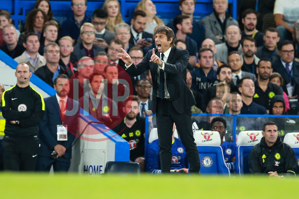 Chelsea manager Antonio Conte gets animated - Mandatory by-line: Jason Brown/JMP - 16/09/2016 - FOOTBALL - Stamford Bridge - London, England - Chelsea v Liverpool - Premier League
