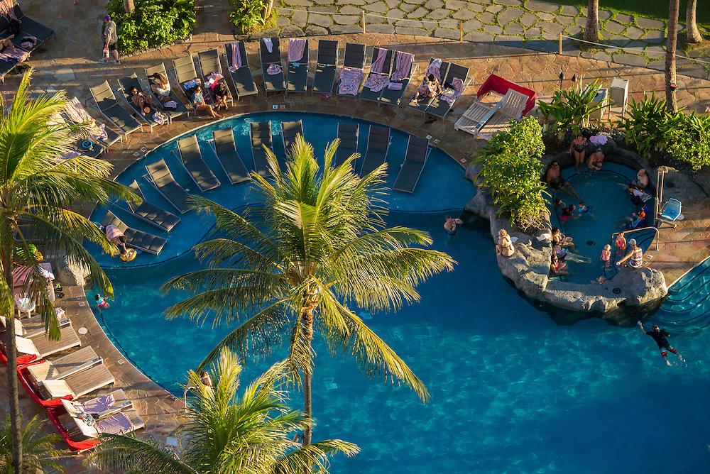 USA, Hawaii, Oahu, Honolulu, Waikiki, pool at the Sheraton