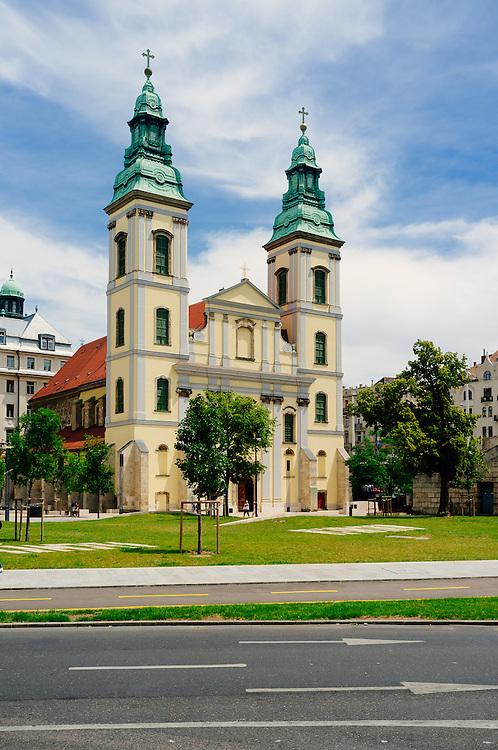 Belvárosi plébániatemplom - parich church
