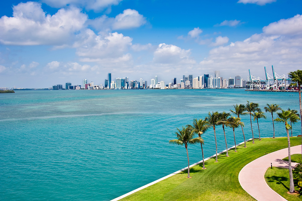 Panoramic view of Downton Miami and Biscayne Bay.