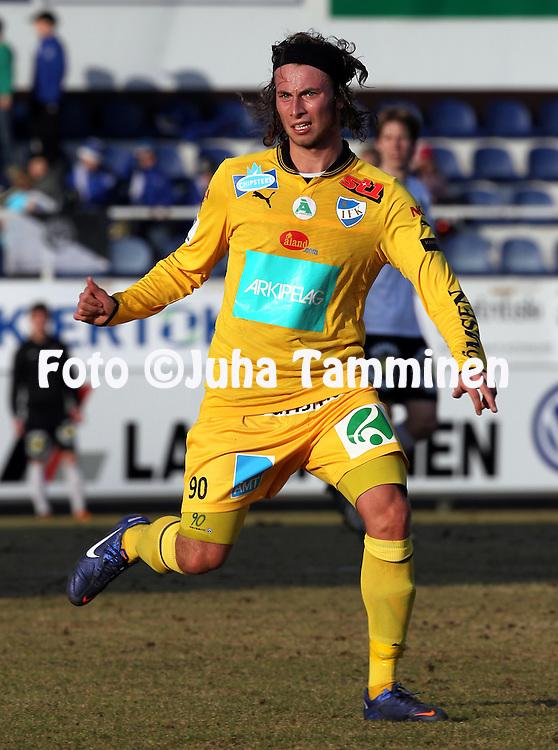 22.4.2012, Tehtaan kentt, Valkeakoski..Veikkausliiga 2012..FC Haka - IFK Mariehamn..Patrick Byskata - IFK Mhamn