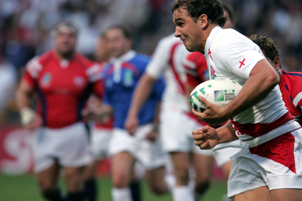 Olly Barkley in full flow on route to scoring a try for England. England v USA, Game 4, Rugby World Cup 2007, Lens, France, 8th September 2007.