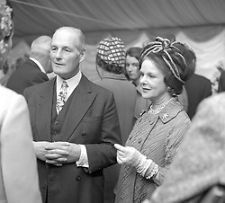 The 6th EARL OF ROSSE & COUNTESS OF ROSSE at the Chelsea Flower Show, Royal Hospital Chelsea, London on 21st May 1968.