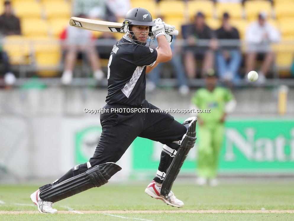 Ross Taylor batting. New Zealand Black Caps v Pakistan, ODI Cricket. Match 1, Westpac Stadium, Wellington, New Zealand. Saturday 22 January 2011. Photo: Andrew Cornaga/photosport.co.nz