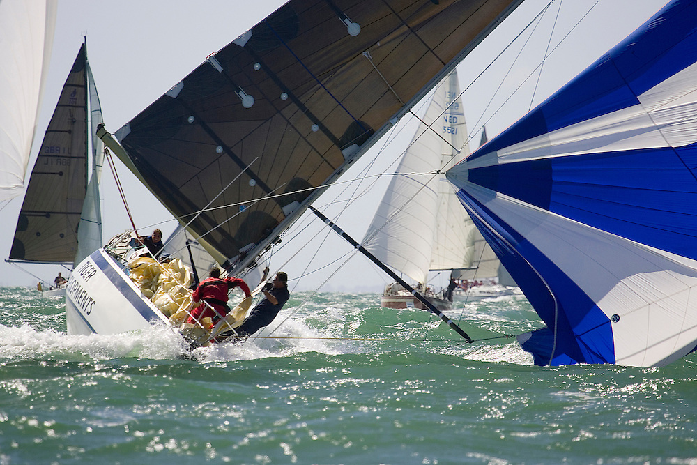 """IRC Class 6 """"tiger Developments"""" looking somewhat unstable...Day 2 Skandia Cowes Week 2006"""