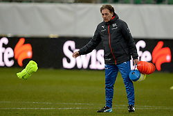 04.03.2014, AFG Arena, St. Gallen, SUI, Training der Schweizer Nationalmannschaft, vor dem Testspiel gegen Kroatien, im Bild Assistenztrainer Michel Pont (SUI) // during a practice session of swiss national football team prior to the international frindley against Croatia at the AFG Arena in St. Gallen, Switzerland on 2014/03/04. EXPA Pictures © 2014, PhotoCredit: EXPA/ Freshfocus/ Andy Mueller<br /> <br /> *****ATTENTION - for AUT, SLO, CRO, SRB, BIH, MAZ only*****