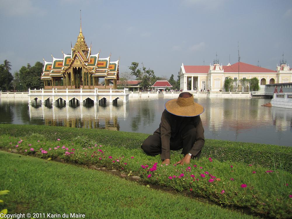 Aisawan Dhiphya-Asana Pavilion and Phra Thinang Varobhas Bimarn Residential Hall at Bang Pa-In Palace in Ayutthaya, Thailand. Beautiful buildings, gardens and ponds!