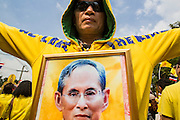 05 DECEMBER 2012 - BANGKOK, THAILAND: A man professes his love for Bhumibol Adulyadej, the King of Thailand, on the Royal Plaza in Bangkok Wednesday during Birthday celebrations for the King. December 5 is a national holiday. It's also celebrated as Father's Day. Celebrations are being held across the country to mark the birthday of Bhumibol Adulyadej, the King of Thailand.    PHOTO BY JACK KURTZ