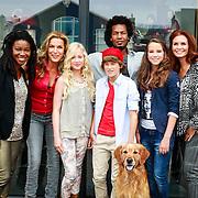 NLD/Hilversum/20130822 - Cast nieuwe TROS-jeugdserie CAPS CLUB, Lucille Werner, Daan de Groot, Eefje Paddenburg, Leonie Elbert, Leontine Borsato - Ruiters, Mike Libanon, Leona Phillipo