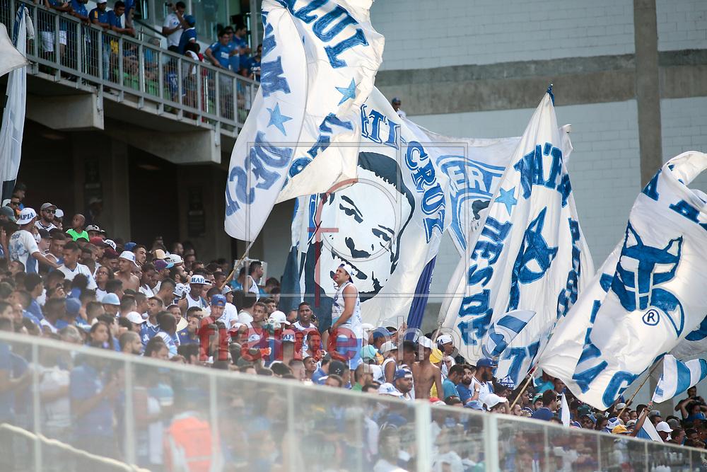 Torcida do Cruzeiro no jogo entre América X Cruzeiro, na partida válida pela 6ª rodada do Campeonato Mineiro 2017, na tarde deste domingo (12), no estádio Independência. Foto: Erwin Oliveira/FramePhoto