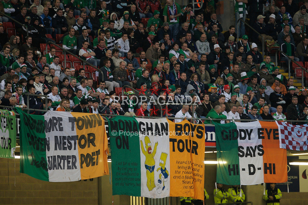 CARDIFF, WALES - Saturday, November 17, 2007: Republic of Ireland's fans during the UEFA Euro 2008 Qualifying Group D match at the Millennium Stadium. (Pic by David Rawcliffe/Propaganda)