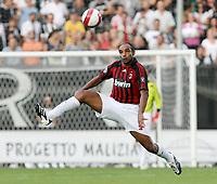 "Siena 15/9/2007 Stadio ""Artemio Franchi-Montepaschi Siena"" <br /> Campionato Italiano Serie A <br /> Matchday 3 - Siena-Milan (1-1)<br /> Emerson (Milan)<br /> Foto Luca Pagliaricci Insidefoto"