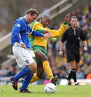 PICTURE BY DANIEL HAMBURY/SPORTSBEAT IMAGES<br />Nationwide Football League Division One    7/3/04<br /><br /><br />NORWICH V IPSWICH<br /><br />Norwich City's Damien Francis and Ipswich Town's Jim Magilton