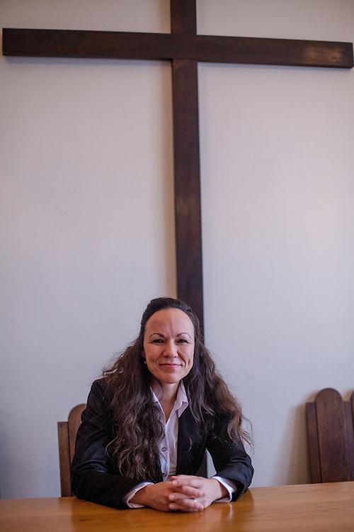 Portrait von Fr. Dr. Hana Tonzarová in Prag.