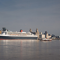 2011 - Queen Mary 2