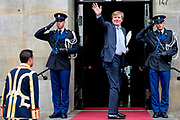 Galadiner voor het Corps Diplomatique in het Koninklijk Paleis in Amsterdam // Gala dinner for the Corps Diplomatique at the Royal Palace in Amsterdam<br /> <br /> Op de foto:  Koning Willem Alexander / King Willem Alexander