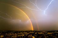 Arco Iris y Tormenta eléctrica