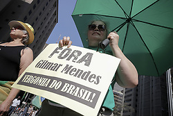 August 27, 2017 - Sao Paulo, Brazil - thousands of demonstrators together to protest against the corruption and impunity of brazilian politicians in Paulista avenue (Credit Image: © Dario Oliveira via ZUMA Wire)