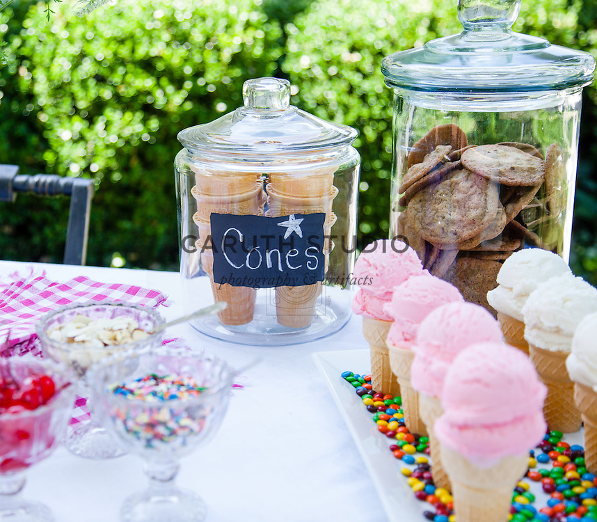 Ice Cream Social: Cones and cookies