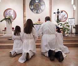 20 April 2019, Jerusalem: Holy Saturday service at Saint James' Church in Beit Hanina, Jerusalem.