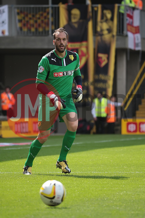 Watford's Manuel Almunia  - Photo mandatory by-line: Nigel Pitts-Drake/JMP - Tel: Mobile: 07966 386802 25/08/2013 - SPORT - FOOTBALL -Vicarage Road Stadium - Watford -  Watford v Nottingham Forest - Sky Bet Championship