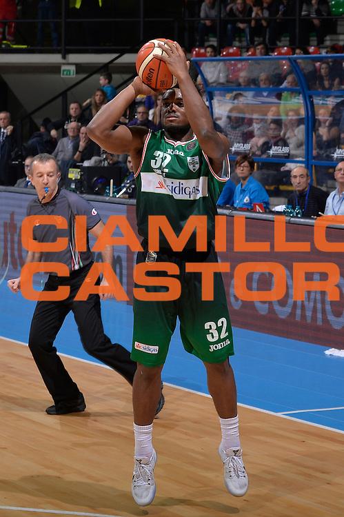 Retin Obasohan<br /> Red October Pallacanestro Cantu - Sidigas Scandone Avellino<br /> Lega Basket Serie A 2016/2017<br /> Desio, 12/12/2016<br /> Foto Ciamillo-Castoria