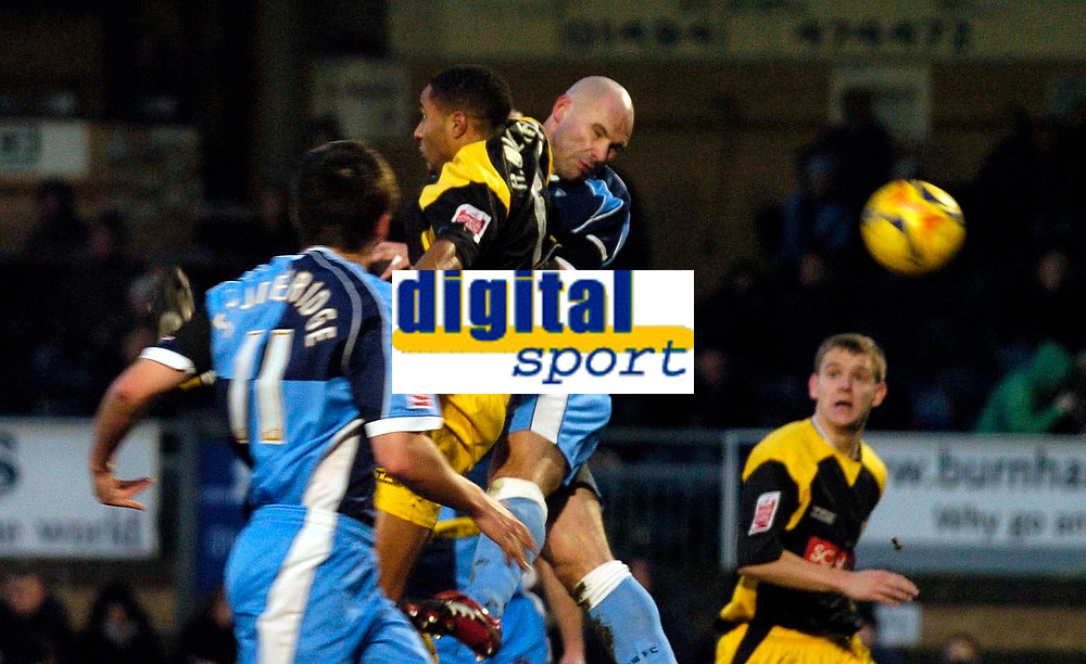 Photo: Alan Crowhurst.<br />Wycombe Wanderers v Stockport County. Coca Cola League 2. 28/01/2006. <br />Tommy Mooney goes close for Wycombe.