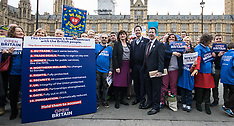 2017-03-29 Open Britain protest for 'No deal, no Brexit' outside Parliament