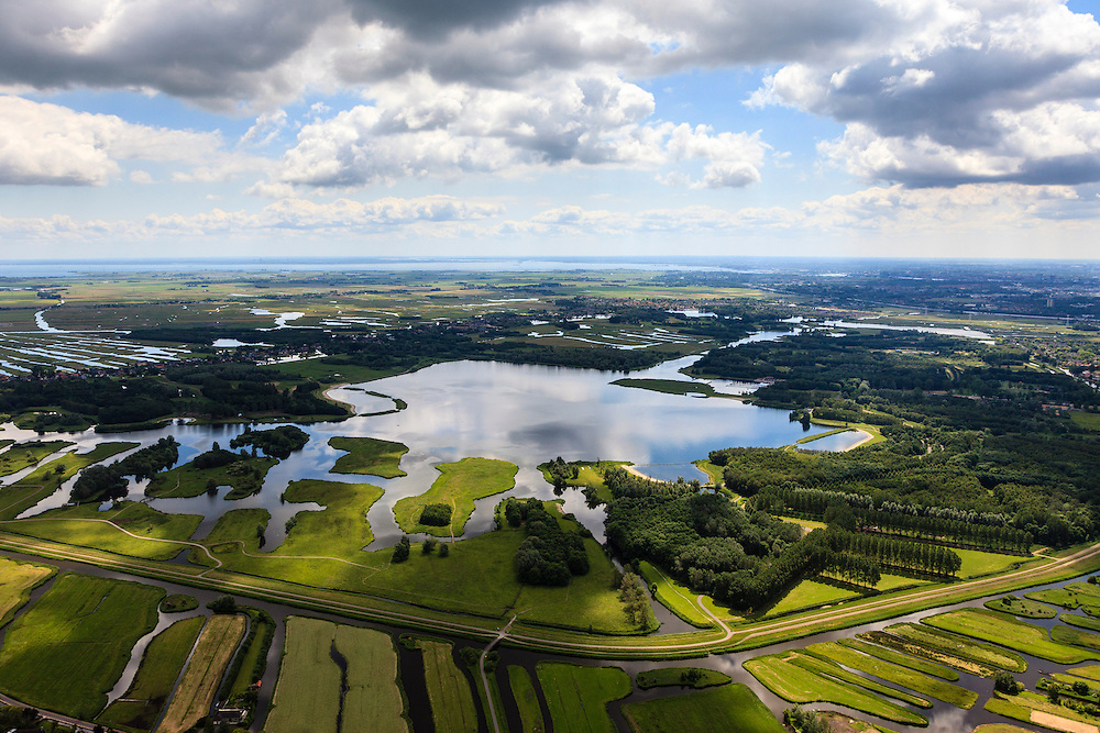 Nederland, Noord-Holland, Gemeente Oostzaan, 14-06-2012; recreatiegebied Het Twiske, ten Oosten van Oostzaan. Stootersplas..Recreational area Het Wiske, catering for nearby Amsterdam..luchtfoto (toeslag), aerial photo (additional fee required);.copyright foto/photo Siebe Swart