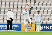 Peter Siddle of Essex bowling during the second day of play in the Specsavers County Champ Div 1 match between Hampshire County Cricket Club and Essex County Cricket Club at the Ageas Bowl, Southampton, United Kingdom on 28 April 2018. Picture by Graham Hunt.