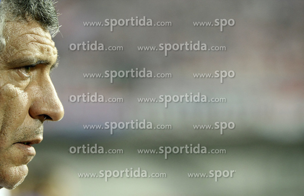 07.09.2010, Maksimir Stadium, Zagreb, CRO, UEFA 2012 Qualifier,  Gruppe F,  Kroatien vs Griechenland, im Bild Santos Fernando, head coach of the Greece. ., EXPA Pictures © 2010, PhotoCredit: EXPA/ nordphoto/ Sanjin Strukic *** ATTENTION *** GERMANY OUT! / SPORTIDA PHOTO AGENCY
