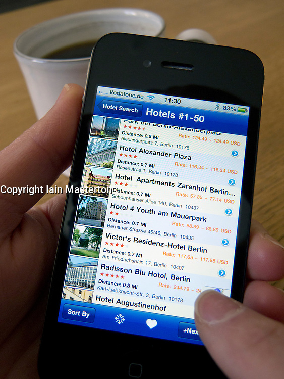Searching for hotels in Berlin on an Apple iphone 4G smart phone