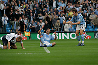 Photo: Dave Howarth.<br />Manchester City v Bolton Wanderers. The Barclays Premiership. 18/09/2005. Antoine Sibierski can't beleive he did not score