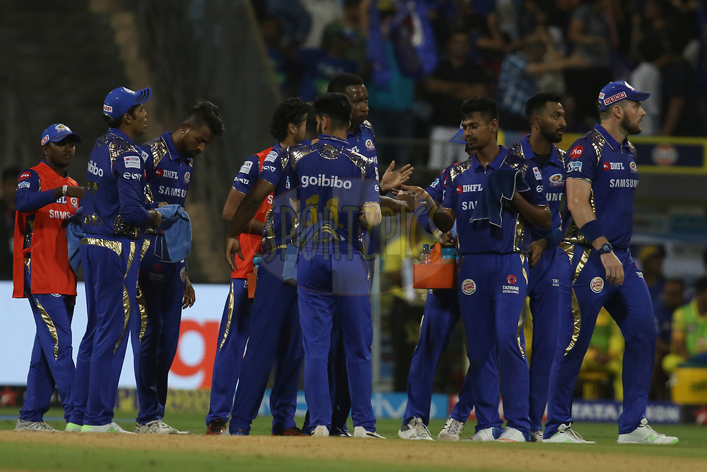 Mumbai Indians players celebrates the wicket of Chennai Superkings player  during match one of the Vivo Indian Premier League 2018 (IPL 2018) between the Mumbai Indians and the Chennai Super Kings held at the Wankhede Stadium in Mumbai on the 7th April 2018.<br /> <br /> Photo by Faheem Hussain / IPL / SPORTZPICS