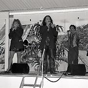 Justine Pelmelay optreden oude Raadhuisplein Huizen