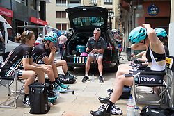 Drops Cycling Team DS Paul Freeman holds a final meeting before the Durango-Durango Emakumeen Saria - a 113 km road race, starting and finishing in Durango on May 16, 2017, in the Basque Country, Spain.