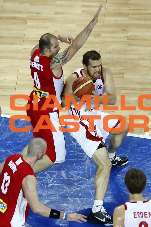 DESCRIZIONE : Wroclaw Poland Polonia Eurobasket Men 2009 Preliminary Round  Polonia Turchia Poland Turkey<br /> GIOCATORE : Adam Wojcik<br /> SQUADRA : Turchia Turkey<br /> EVENTO : Eurobasket Men 2009<br /> GARA : Polonia Turchia Poland Turkey<br /> DATA : 09/09/2009 <br /> CATEGORIA : tiro special<br /> SPORT : Pallacanestro <br /> AUTORE : Agenzia Ciamillo-Castoria/E.Castoria