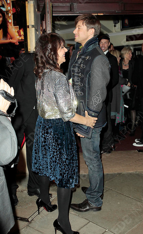 14.OCTOBER.2010. LONDON<br /> <br /> ARLENE PHILLIPS AND DUNCAN JAMES ATTEND FLASHDANCE THE MUSICAL AT THE SHAFTESBURY THEATRE.<br /> <br /> BYLINE: EDBIMAGEARCHIVE.COM<br /> <br /> *THIS IMAGE IS STRICTLY FOR UK NEWSPAPERS AND MAGAZINES ONLY*<br /> *FOR WORLD WIDE SALES AND WEB USE PLEASE CONTACT EDBIMAGEARCHIVE - 0208 954 5968*