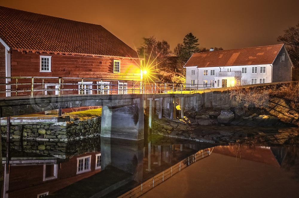 Night at Herøy Gard, Norway | Natt på Herøy Gard, Norge