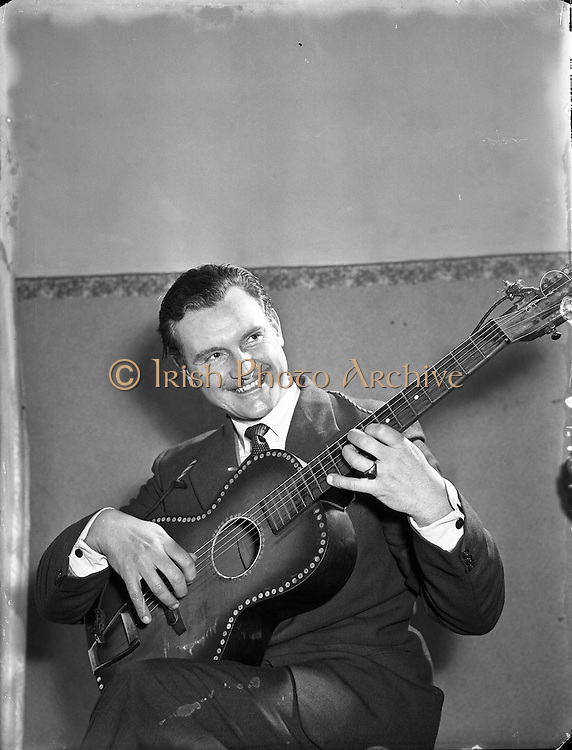 Special for Radio Review - Charlie McGee, Singer with Guitar.12/02/1955