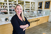 Scarlet's Bakery