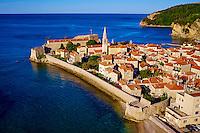 Monténégro, côte Adriatique, la vieille ville de Budva, Stari Grad // Montenegro, Adriatic coast, old city of Budva, Stari Grad