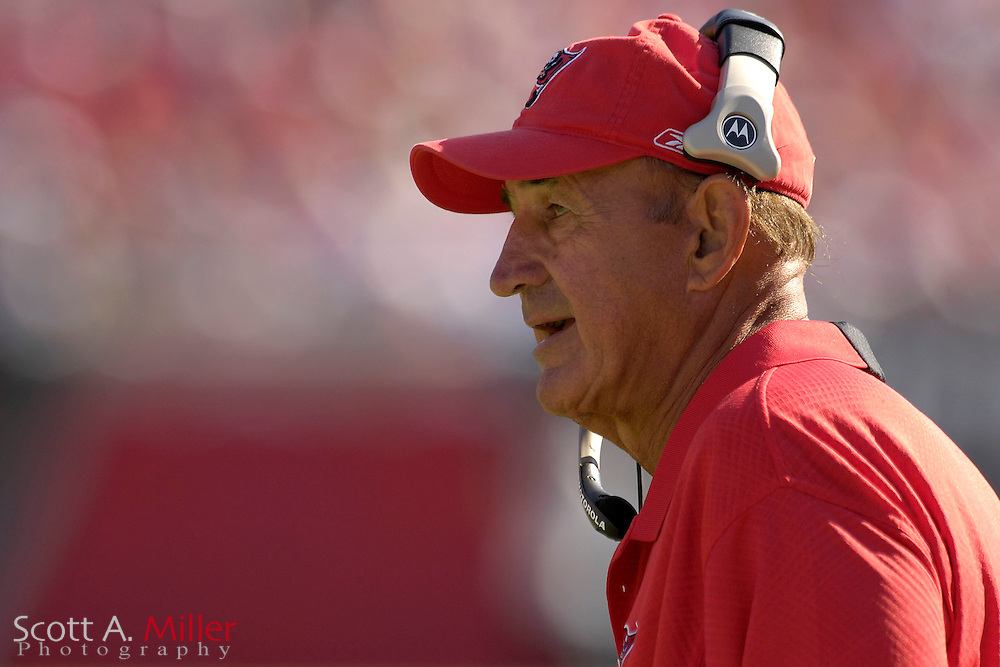 Nov. 19, 2006; Tampa, FL, USA;  Tampa Bay Buccaneers defensive coach Monte Kiffin during the Bucs game against the Washington Redskins at Raymond James Stadium. ...©2006 Scott A. Miller