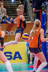 01-04-2017 NED:  CEV U18 Europees Kampioenschap vrouwen dag 1, Arnhem<br /> Nederland - Bulgarije verliest met 1-3 / Hester Jasper #6