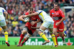 Ali Williams of Toulon takes on the Clermont Auvergne defence - Photo mandatory by-line: Patrick Khachfe/JMP - Mobile: 07966 386802 02/05/2015 - SPORT - RUGBY UNION - London - Twickenham Stadium - ASM Clermont Auvergne v RC Toulon - European Rugby Champions Cup Final