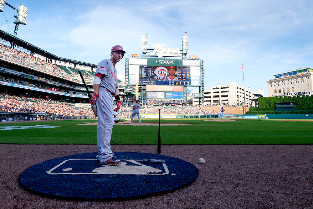 Jun 16, 2015; Detroit, MI, USA; Cincinnati Reds third baseman Todd Frazier (21) gets set to bat in the first inning against the Detroit Tigers at Comerica Park. Mandatory Credit: Rick Osentoski-USA TODAY Sports